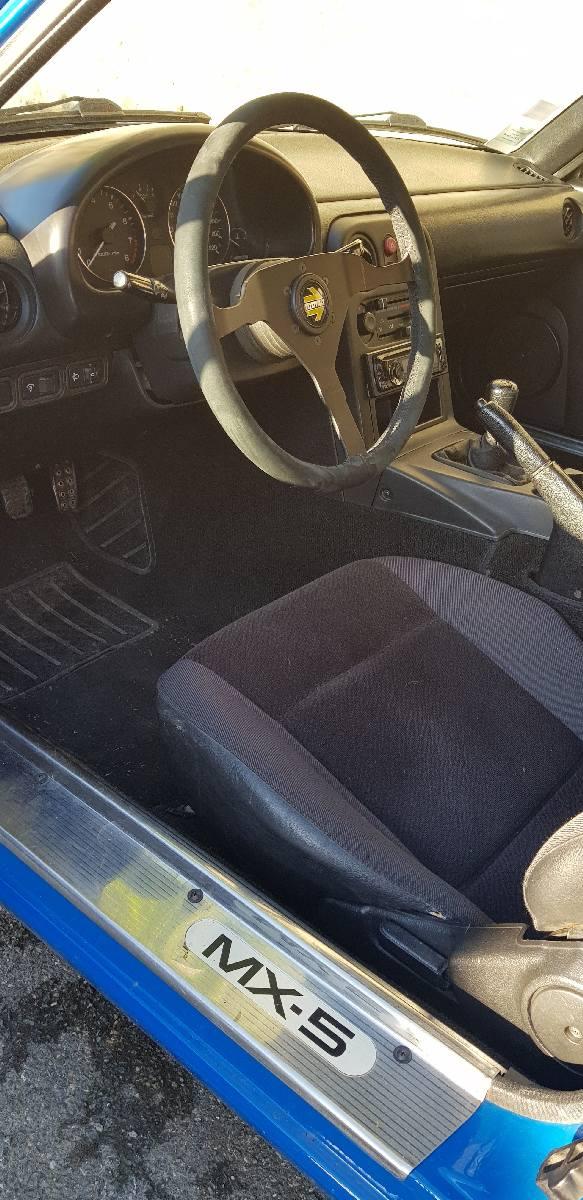 Mazda-MX-5-Cockpit